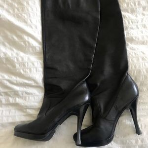 BCBG Knee-high, heeled boots 9.5